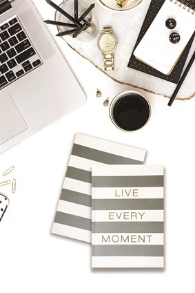 Live Every Moment Ciltli Defter